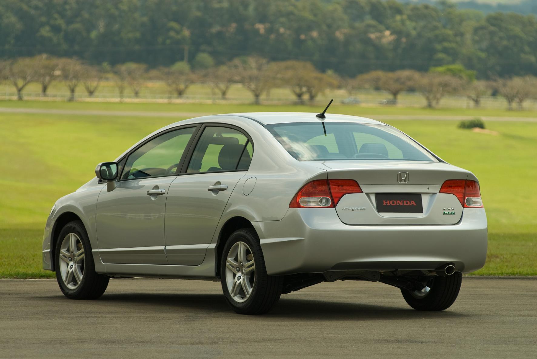 Honda apresenta Civic 2009