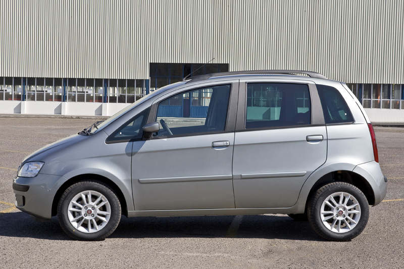 Fiat idea ganha vers o elx 1 8 all the cars for Fiat idea 2006 full 1 8