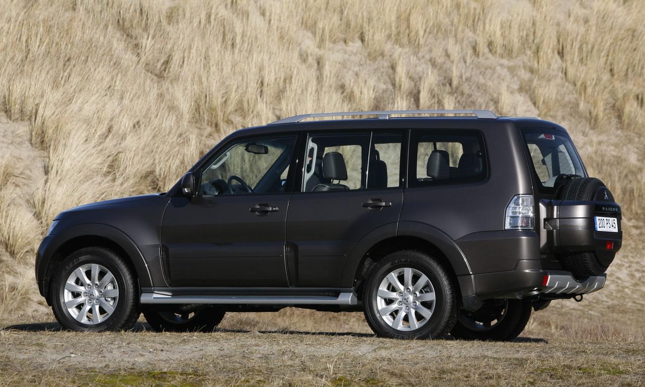 Mitsubishi paresenta linha 2010 da Pajero na Europa