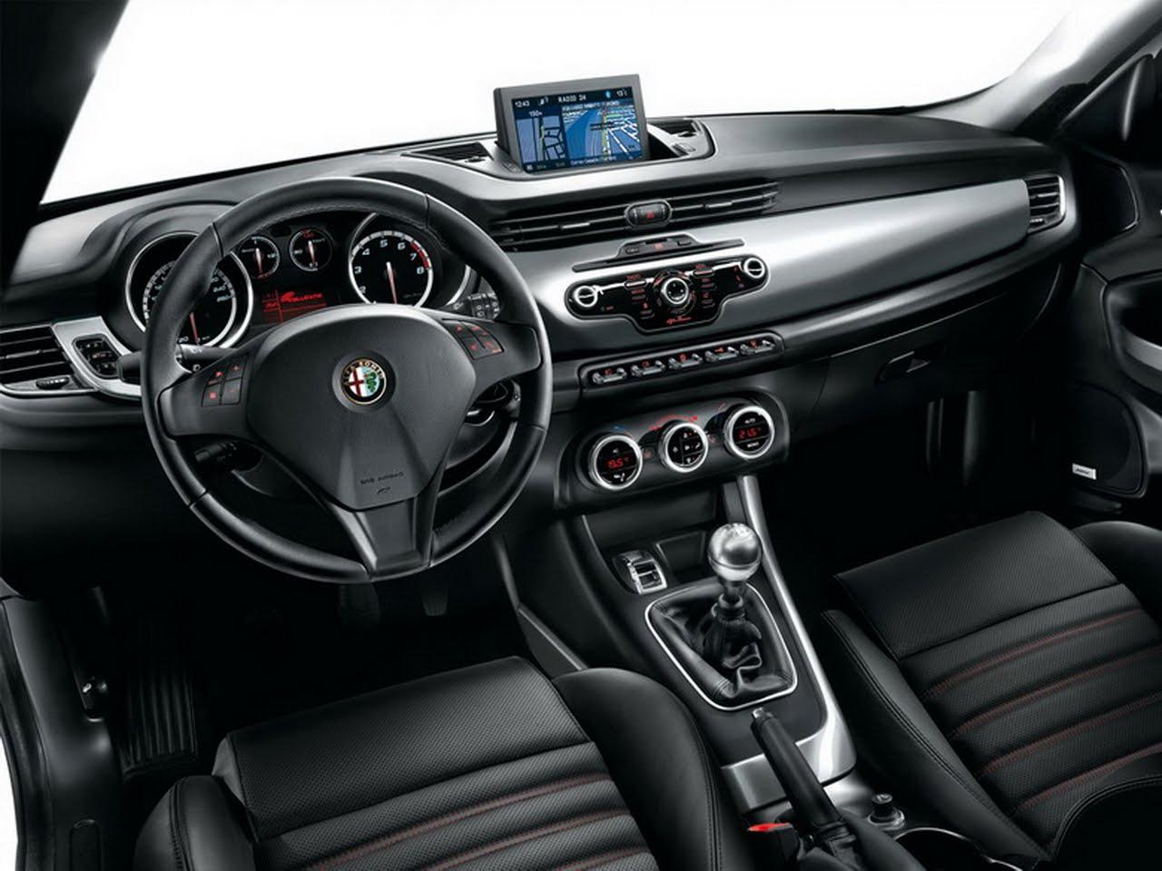 Alfa Romeo Giulietta 2010 Interior 01 – ALL THE CARS