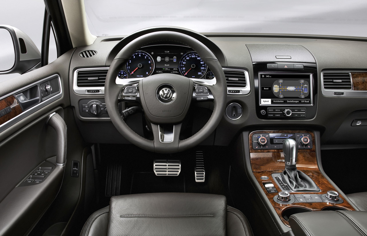 vw touareg ii chega ao brasil pre os come am em r 220 mil all the cars. Black Bedroom Furniture Sets. Home Design Ideas