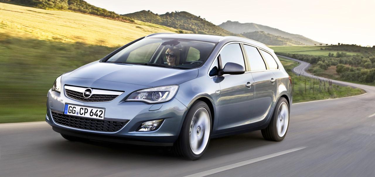 Opel Astra Caravan 2010. Opel apresenta Astra Sports