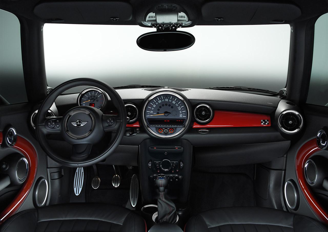 MINI John Cooper Works 2011 – 03 – ALL THE CARS