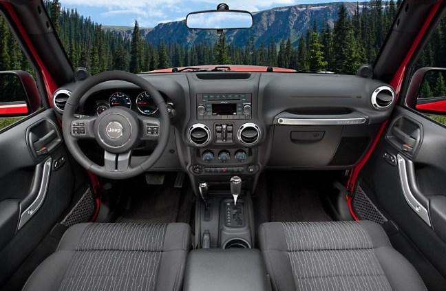 Jeep Wrangler 2011 - 03