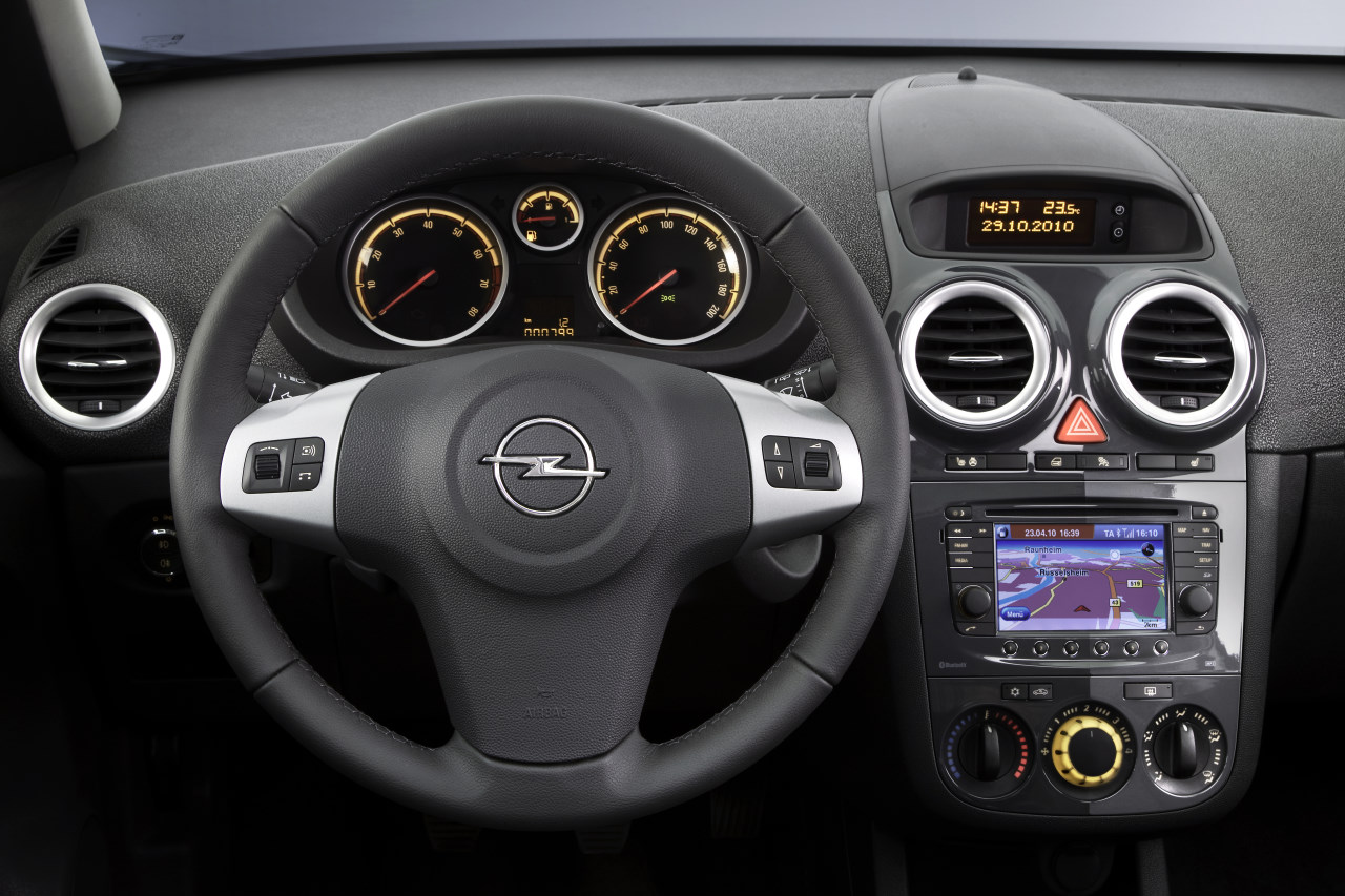 Opel Corsa 2011 – 03