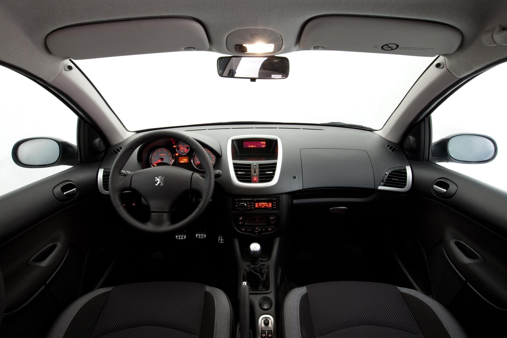 Peugeot 207 Chega 224 Linha 2012 Com Leves Retoques All