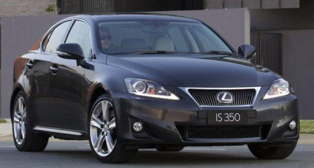Lexus IS 01