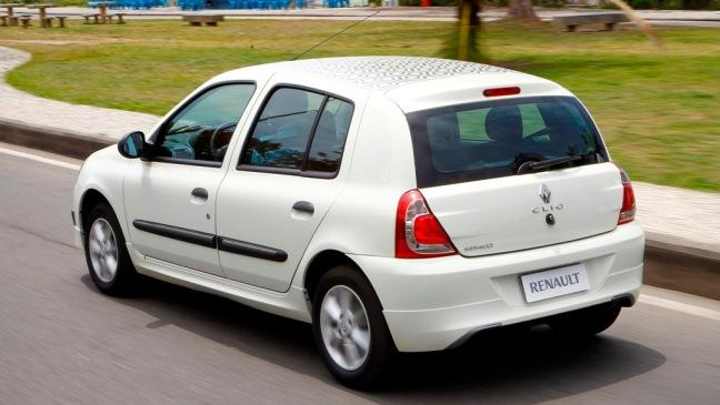 Renault Clio Brasil 2013 02