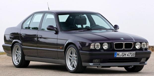 BMW M5 1989 E34 01