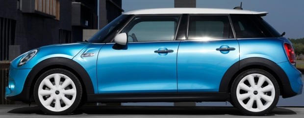 Mini Cooper 5-door 2015 02