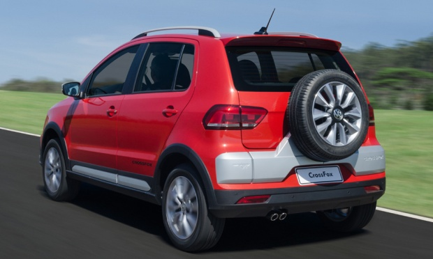 Volkswagen Cross Fox 2015 03