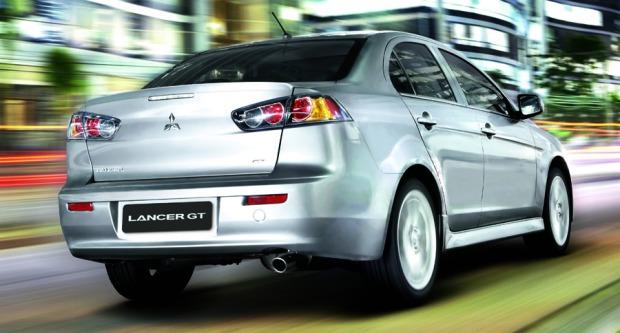 Mitsubishi Lancer brasileiro 02
