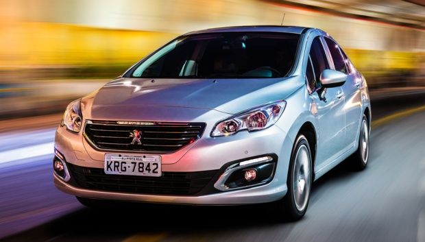 Peugeot 408 2016 01