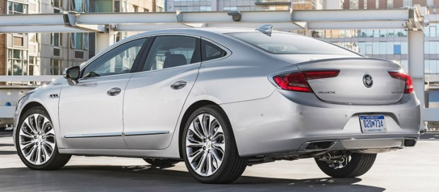 buick-lacrosse-2017-traseira