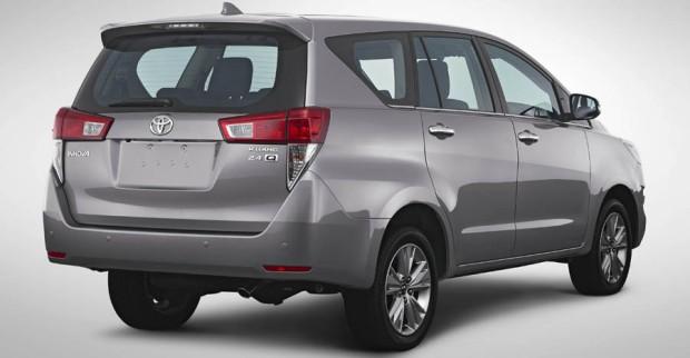 Toyota Innova 2016 02
