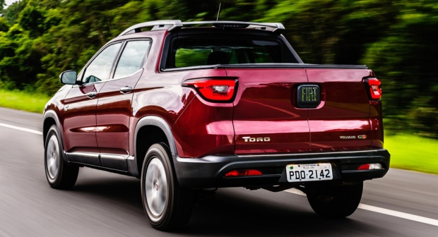Fiat Toro 2017 Volcano 03