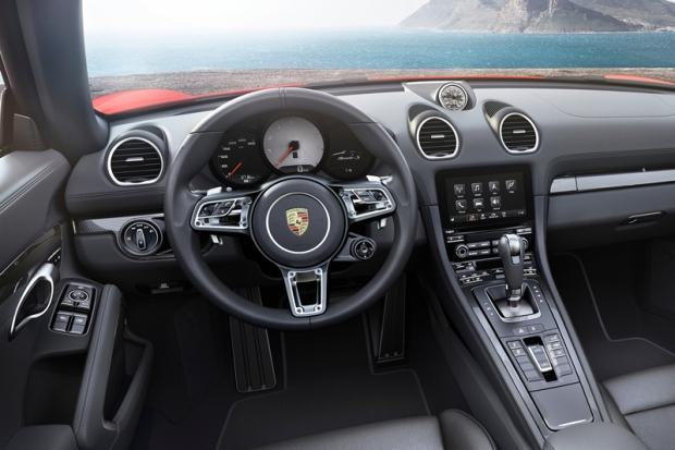 Porsche 718 Boxster 3