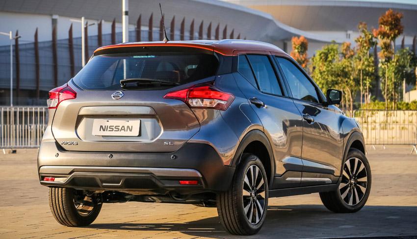 Nissan revela interior e medidas e confirma motor do Kicks ...