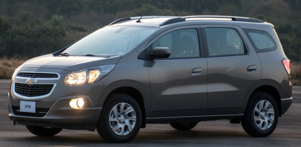 Chevrolet Spin 2017 01