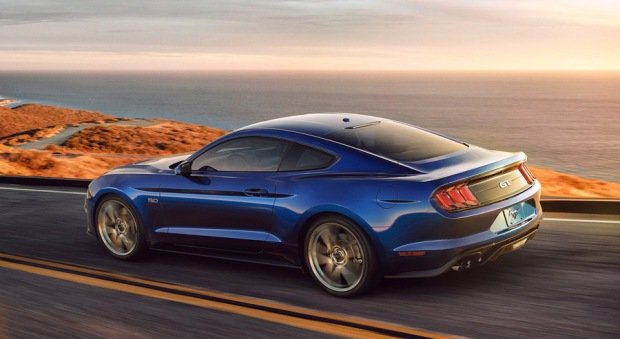 ford-mustang-gt-2018-03