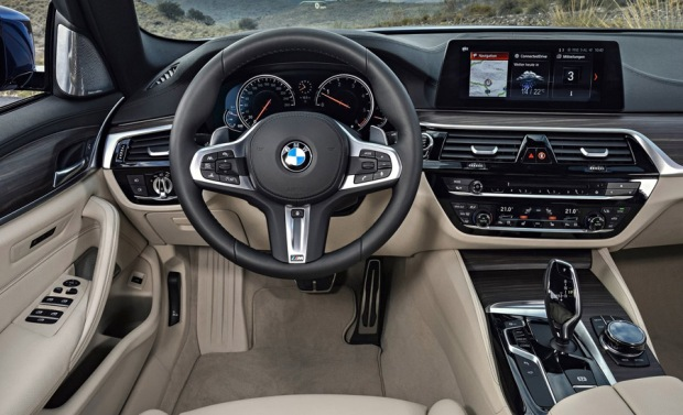 bmw-serie-5-touring-2018-04