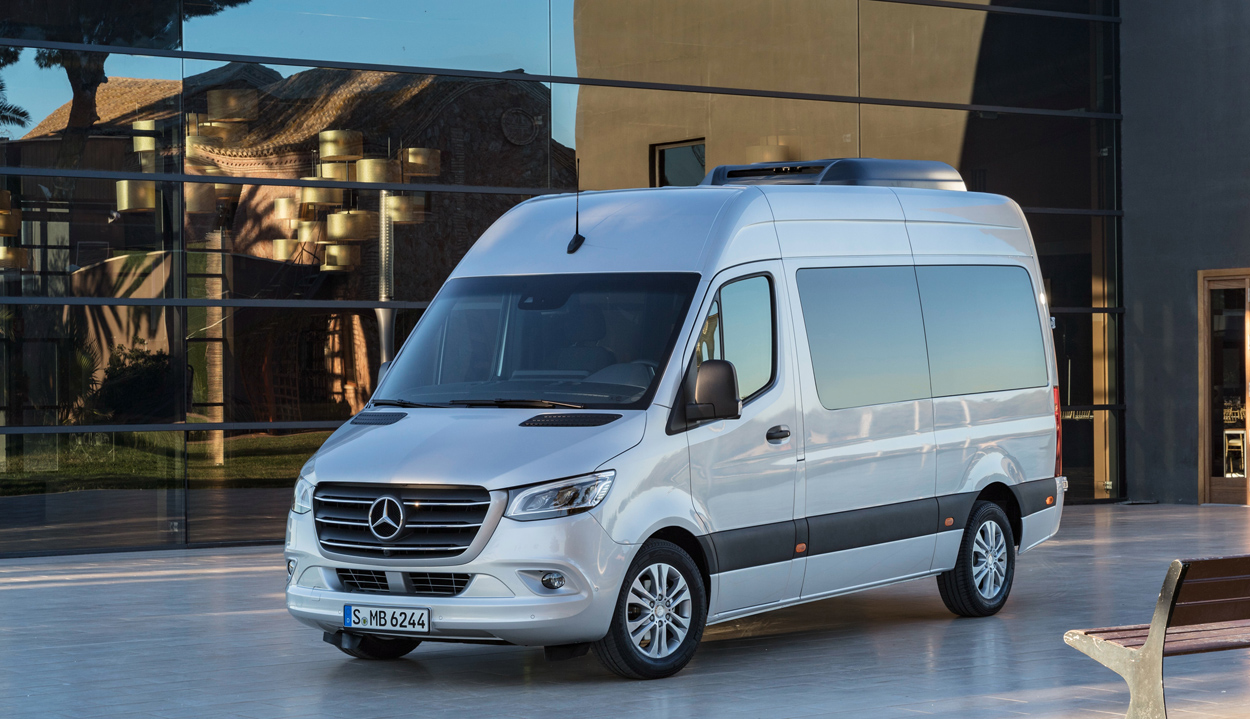 mercedes apresenta nova gera o do sprinter com vers o el trica all the cars. Black Bedroom Furniture Sets. Home Design Ideas