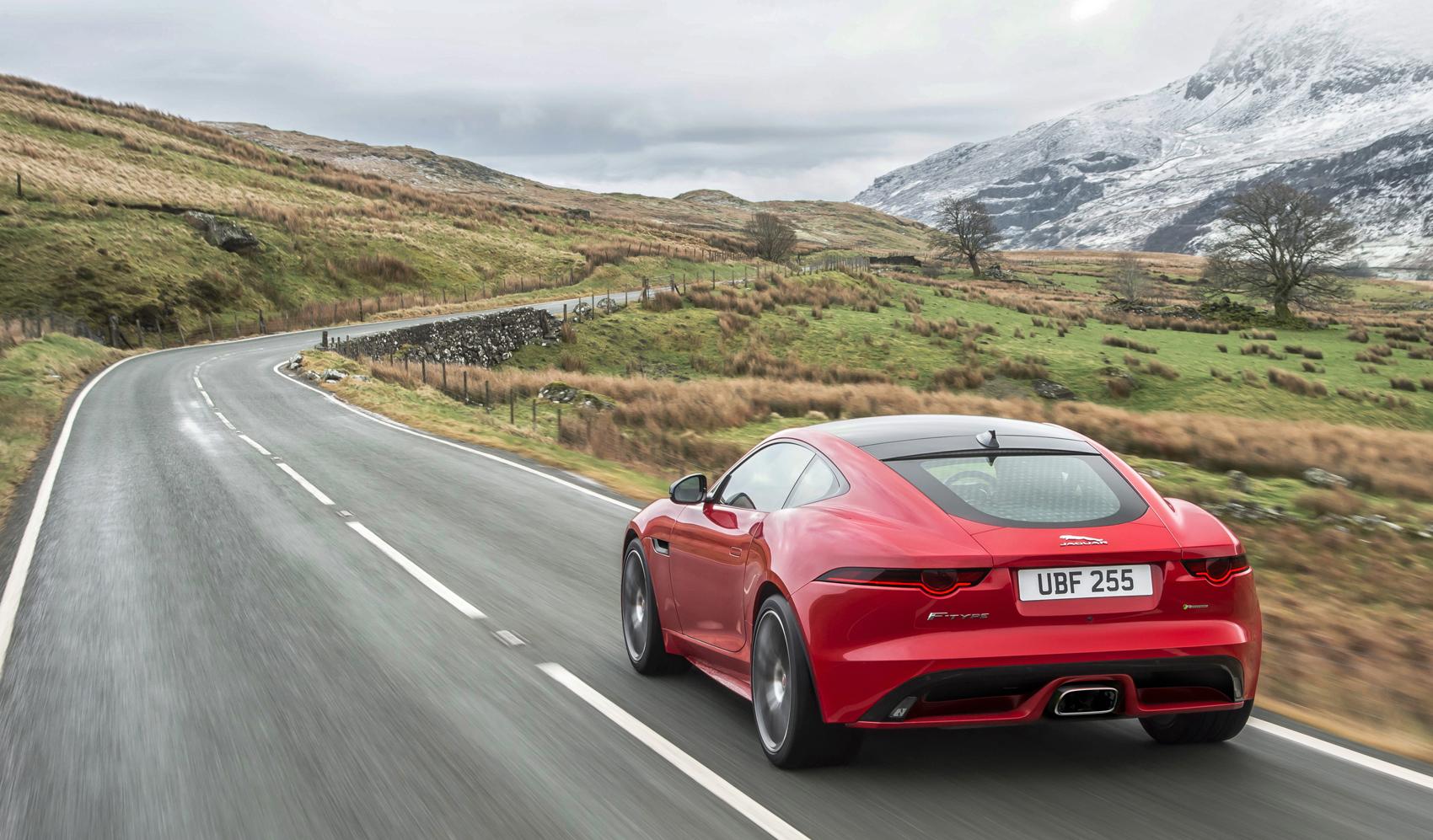 O Estiloso F Type Acaba De Ganhar Outra Motorização No Brasil, Além Dos V6  E V8 Oferecidos Desde 2014 (leia Aqui). A Jaguar Confirmou O Desembarque Da  Opção ...